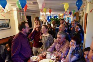 Große Feier im Bistro