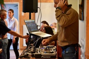DJ beim Jubiläum von 20 Jahren Ristorante Canal Grande